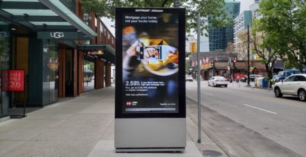 vancouver-digital-screen-ads-f